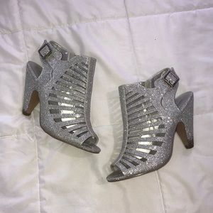 """Shoes - MANHATTAN COLLECTION 4"""" heels"""